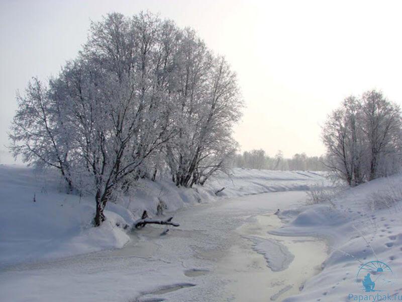 Речка во льду